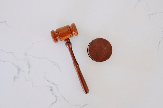 Spory i postępowania sądowe, windykacja należności w Polsce